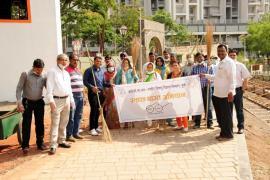 06.04.2018 - Swachh Bharat Abhiyaan organized at Raje Chatrapti Shivaji Garden, Vadgaonsheri, Pune
